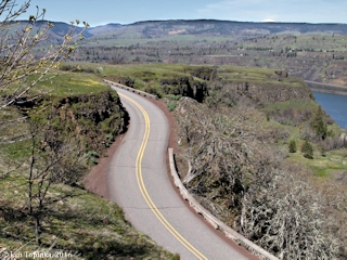 Image, 2016, Rowena Loops, Historic Columbia River Highway, click to enlarge