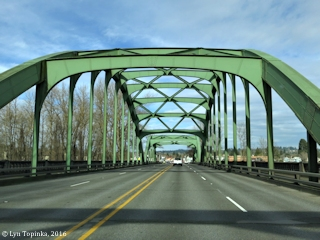 Image, 2016, McLoughlin Bridge over Clackamas River, Oregon, click to enlarge