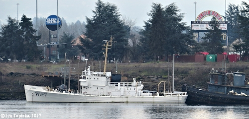 Image, 2016, Coast Guard Cutter Alert W-127 with Sakarissa_YTM-269, Portland, Oregon, click to enlarge