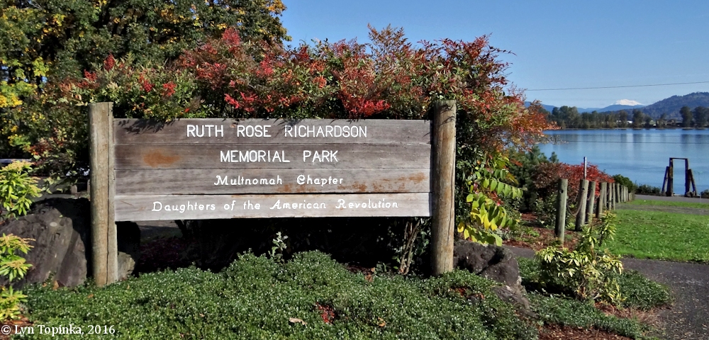 Image, 2016, Ruth Rose Richardson Memorial Park, Columbia City, Oregon, click to enlarge