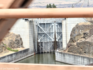 Image, 2018, The Dalles Navigation Lock, The Dalles, Oregon, click to enlarge